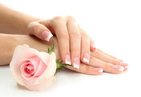 Trẻ hóa đôi bàn tay thêm trắng mịn với muối hồng Himalaya