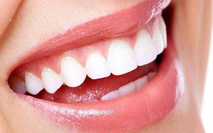 Răng trắng sáng – chắc khỏe với muối hồng Himalaya