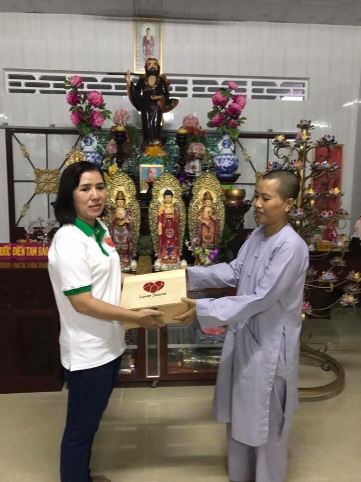 Phóng sự hành trình 1000 ngôi chùa: Kỳ 1 - Hành trình đưa Love Stone đến với Đồng Tháp