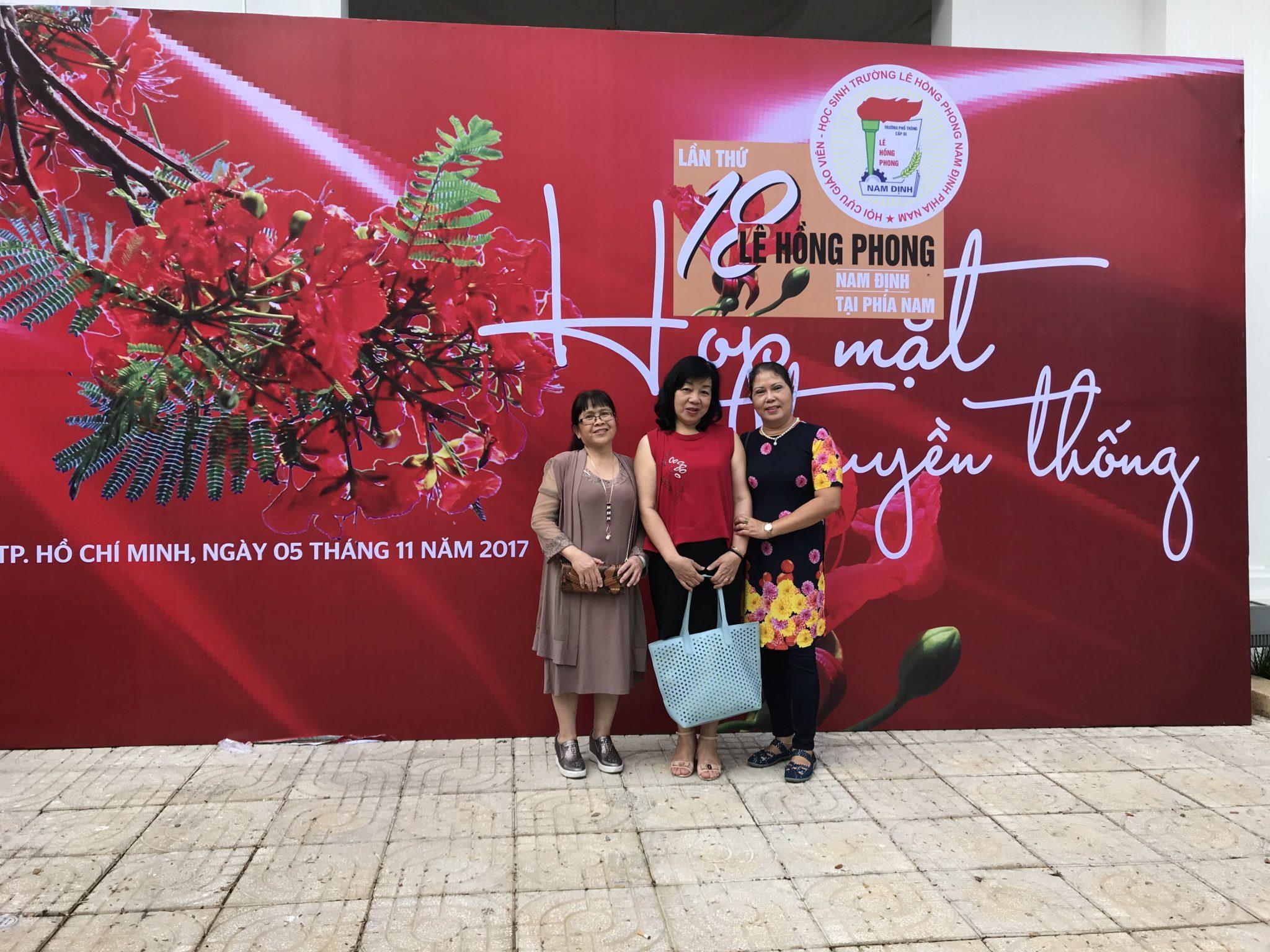 Mừng ngày nhà giáo Việt Nam - Love Stone đồng hành cùng các cựu học sinh trường THPT Lê Hồng Phong Nam Định